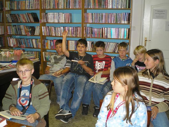 páťáci v knihovně